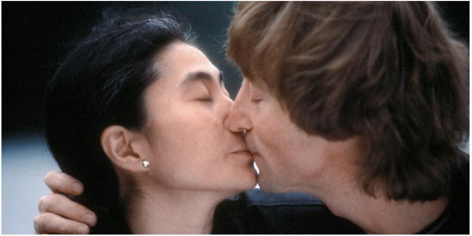 Yoko Ono and John Lennon, 1980 © 2014 Kishin Shinoyama