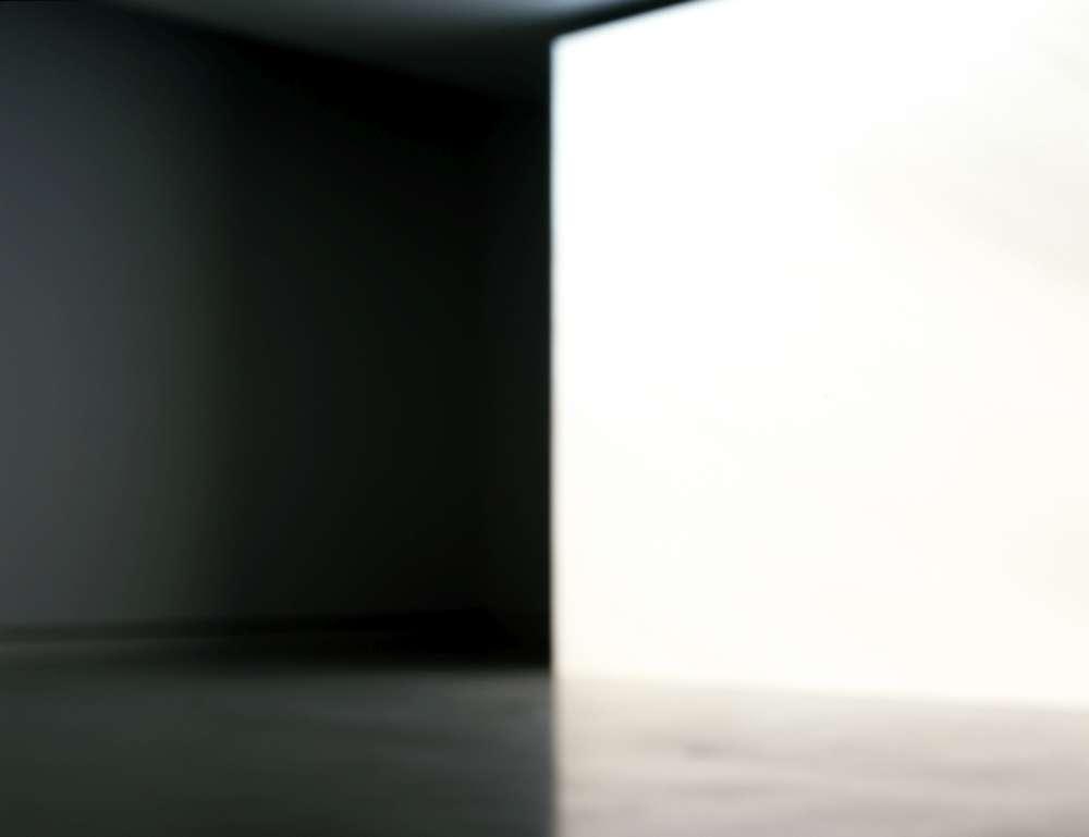 Wichtendahl Galerie, Nicole Ahland, lichtraum 2, C-Print, 40x52cm, 2014, BEYOND