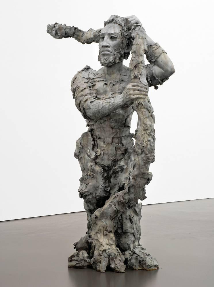 Stella Hamberg, Berserker I, 2007, Bronze, patiniert, 244x150x100 cm, © Galerie Eigen + Art Leipzig/Berlin, Foto: Uwe Walter, Berlin