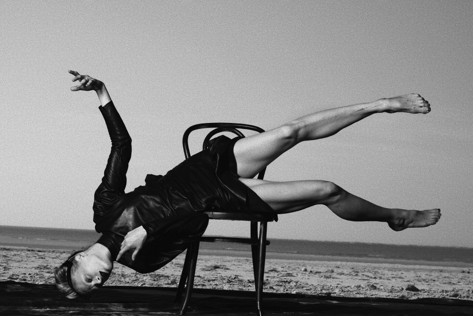 Kristen McMenamy, Vogue Italy, Le Touquet, France, 2009. Photo: Peter Lindbergh