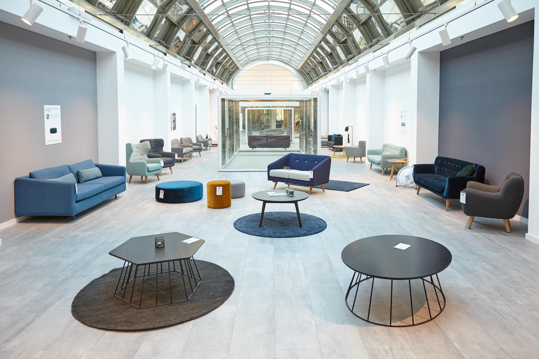 sofacompany showroom kunstleben berlin das kunstmagazin. Black Bedroom Furniture Sets. Home Design Ideas