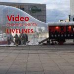 Video: Installation Livelines von Chiharu Shiota am Alexanderplatz