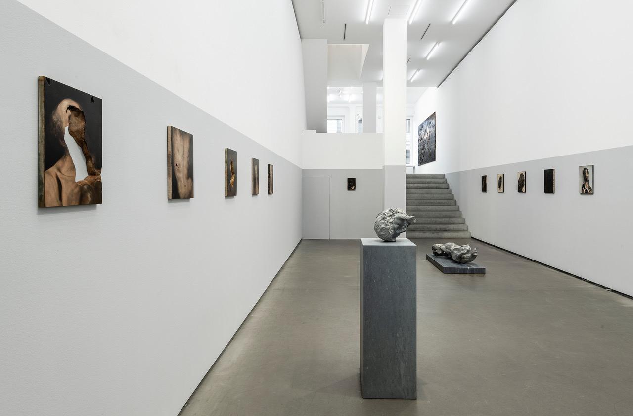 Nicola Samorì In abisso, Ausstellungsansicht, 2020, Galerie EIGEN + ART Berlin. Foto © Uwe Walter, Berlin