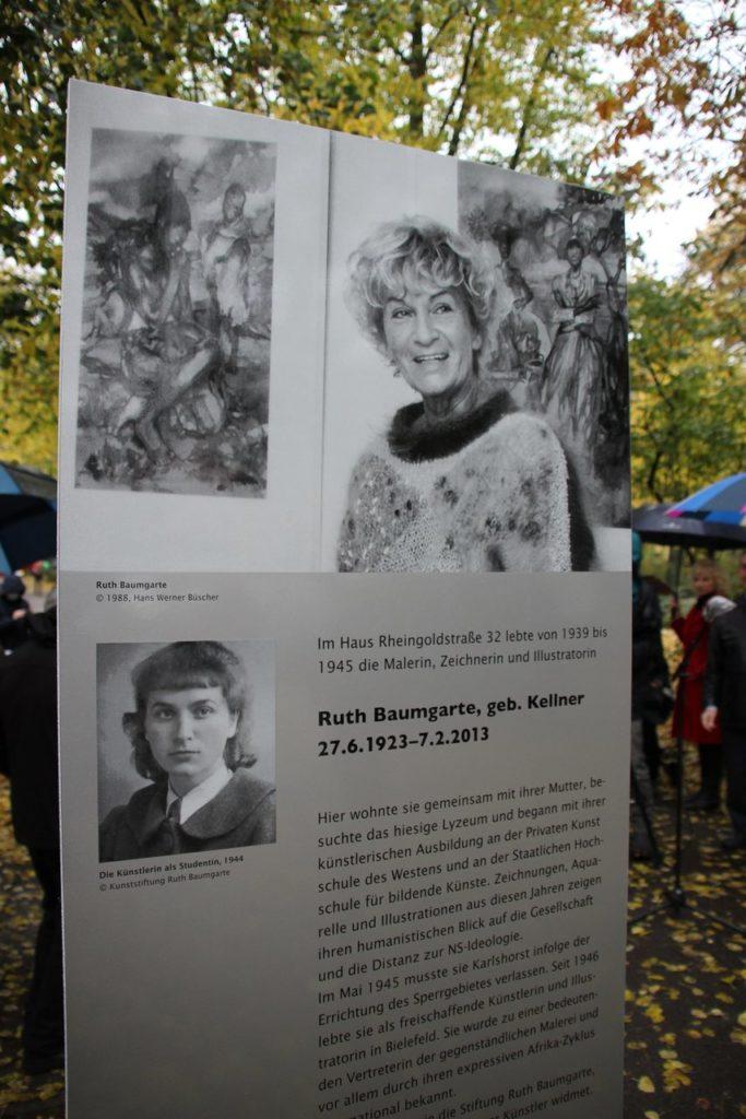 Stele Ruth Baumgarte im Rheinsteinpark © Bezirksamt Lichtenberg