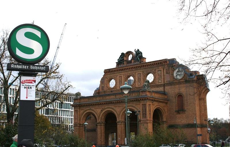 Askanischer Platz am Anhalter Bahnhof
