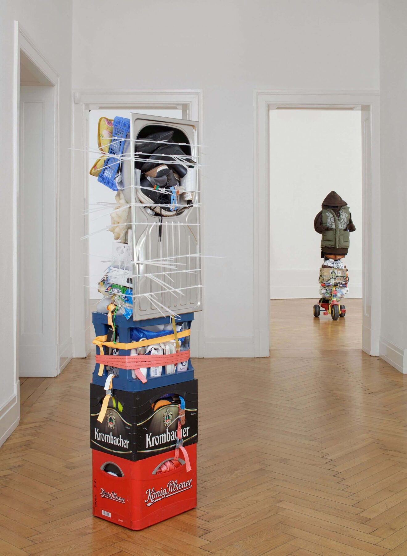 Einzelausstellung 327+ des türkisch-deutschen Künstlers Umut Yasat
