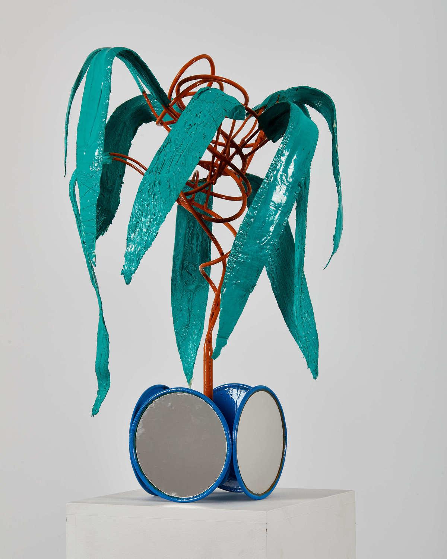 Alexander Skorobogatov, Whirl, 2019, Mischtechnik, Metall, Silikon, 65 x 50 x 45 cm, courtesy of, Galeria Szydlowski & the artist